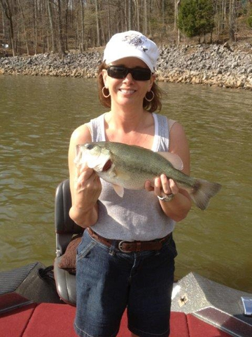 Dryden bay campground and cabin rentals on lake barkley for Ky and barkley lake fishing report